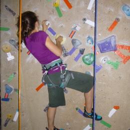 rock climbing cliffhanger bouldering