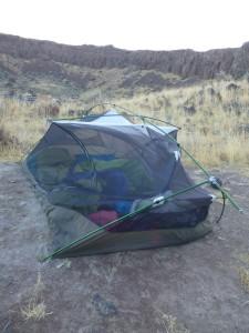 tent, desert, broken tent, tent pole