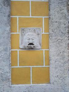 Cuba, Buzon, sculpture