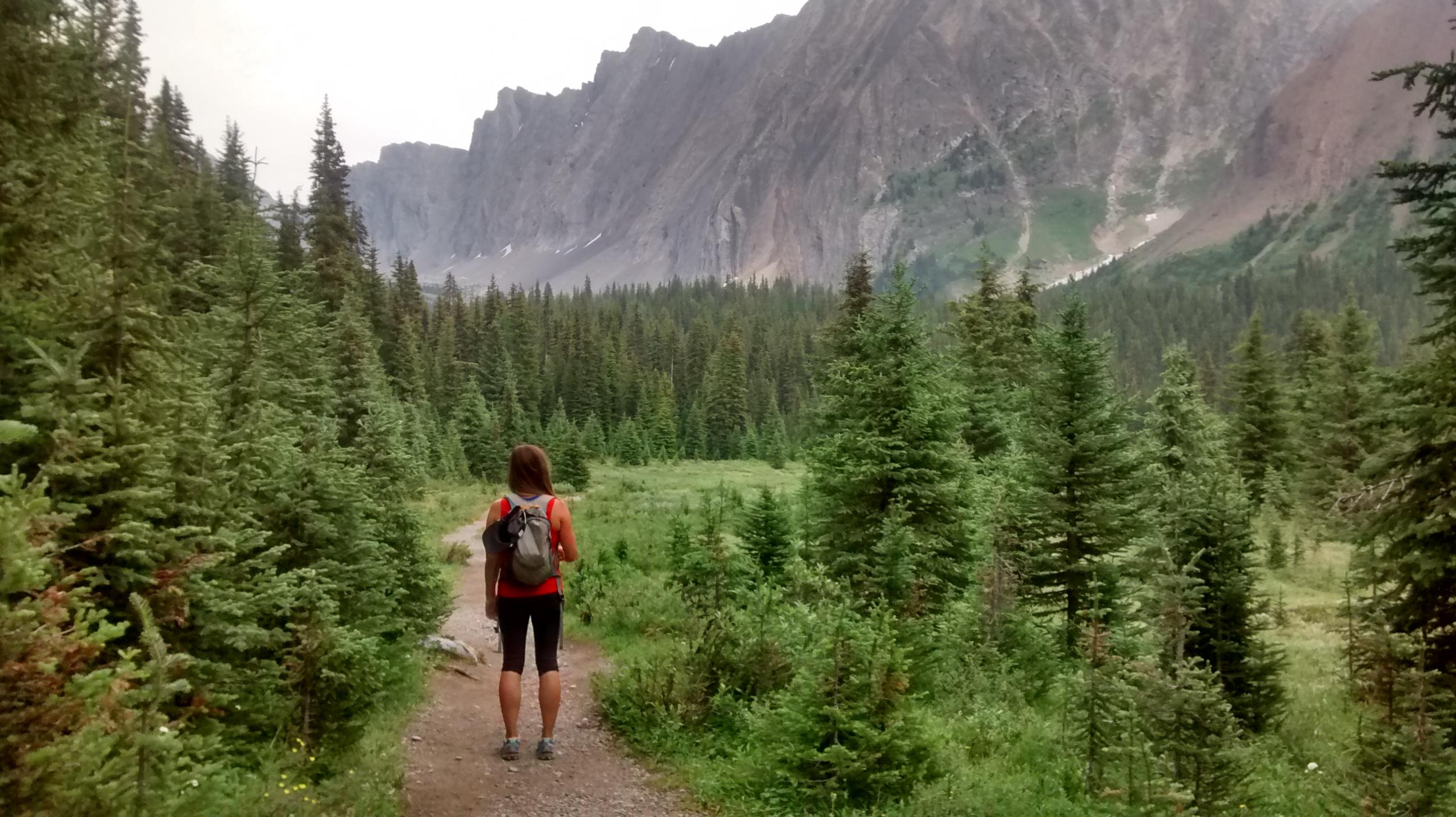 Canmore, alberta, hike, outdoorwomen, mountains